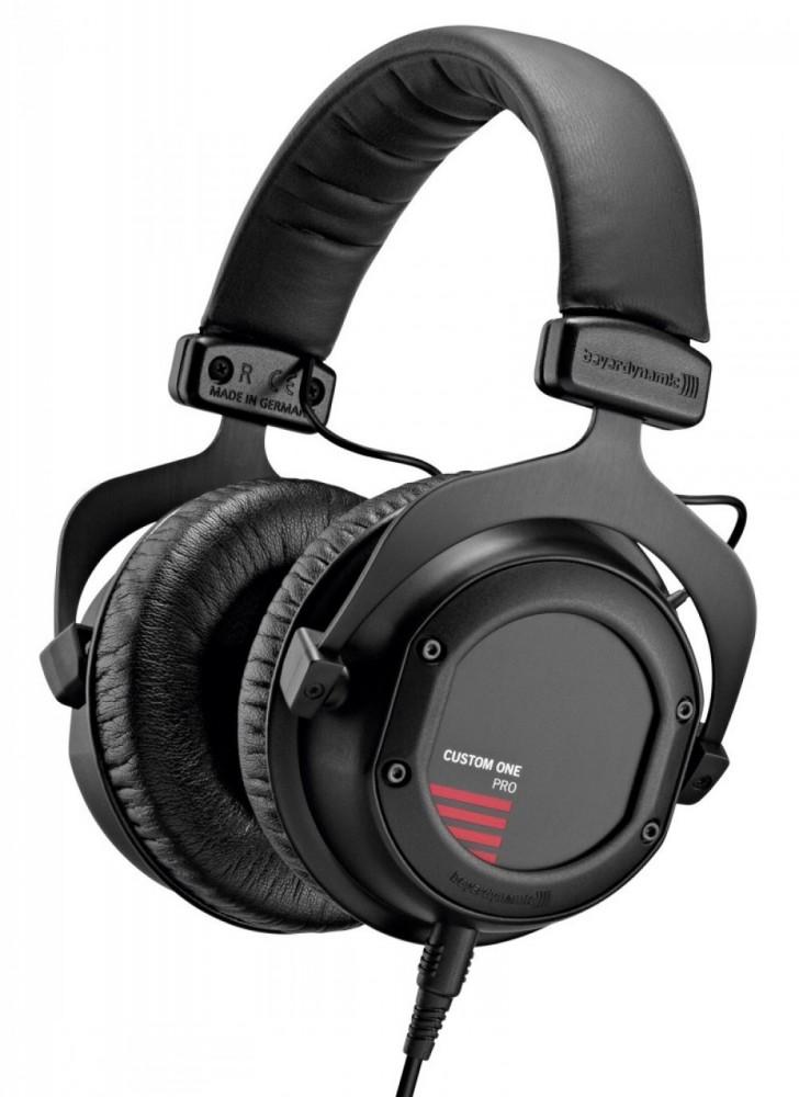 Beyerdynamic Custom One Pro svart