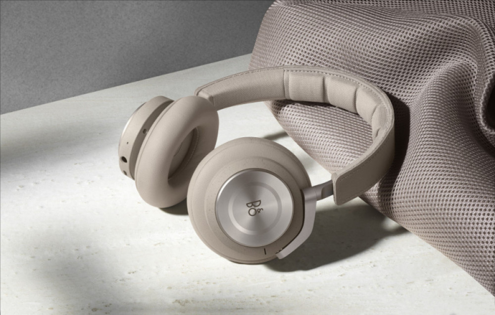 BeoPlay H9i Clay