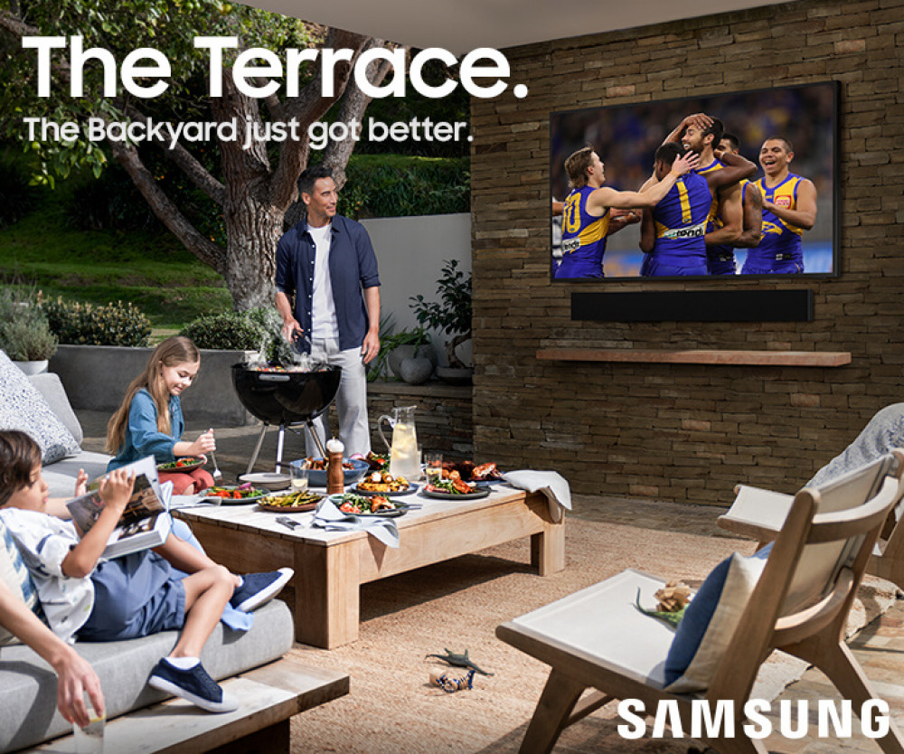 Samsung QE55LST7TCUXXC The Terrace Outdoor TV